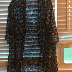 Other - Blue floral kimono